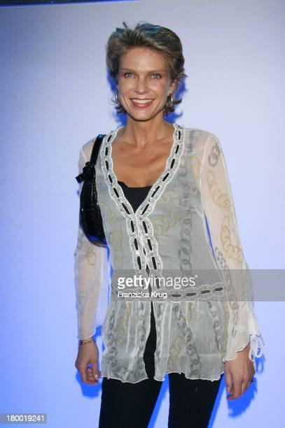 Stephanie Gräfin Von Pfuel Bei Der Präsentation Des Neuen Smart Fortwo Im MercedesBenz Center In München