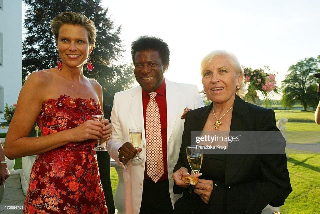 Stephanie Gräfin Von Pfuel + Roberto Blanco Mit Ehefrau