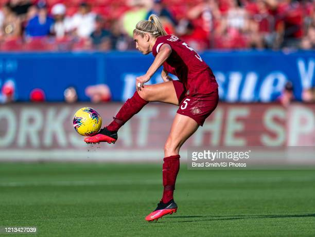 Stephanie Houghton of England controls the ball during a game between England and Spain at Toyota Stadium on March 11 2020 in Frisco Texas