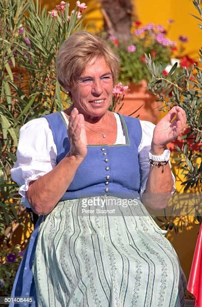 """Stephanie Mross , ARD-Show """"Immer wieder Sonntags"""" , """"Europa-Park"""", Rust, Baden-Württemberg, Deutschland, Europa, im Publikum, klatschen,..."""