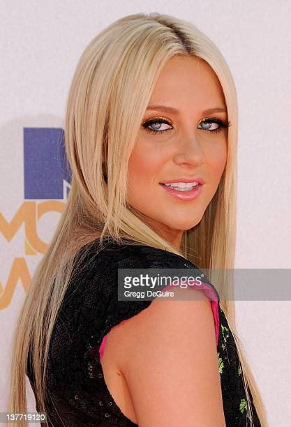 Stephanie Pratt attends the 2010 MTV Movie Awards at the Gibson Amphitheatre on June 6 2010 in Universal City California