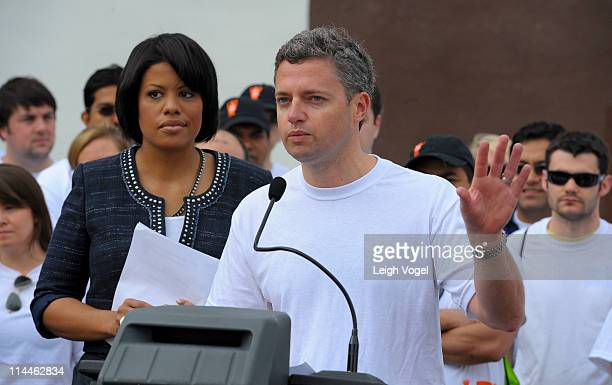 Stephanie RawlingsBlake and Dave Jacobs kick off AOL's 2nd Annual Monster Help Day During A Press Conference at the SharpLeadenhall Neighborhood on...