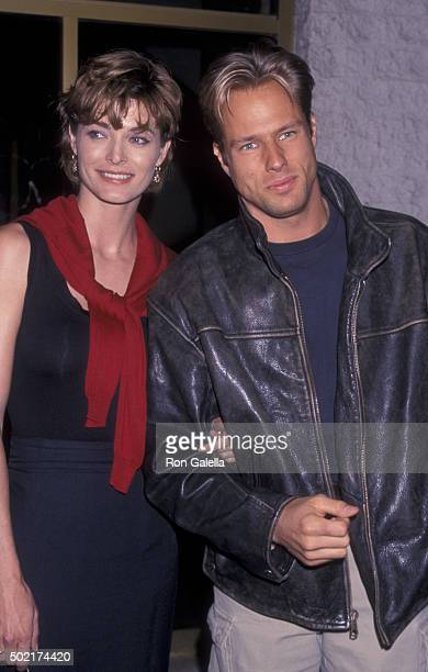 Stephanie Romonov and Steve Wilder attend the premiere of 'Pleasantville' on October 19 1998 at Mann National Theater in Westwood California