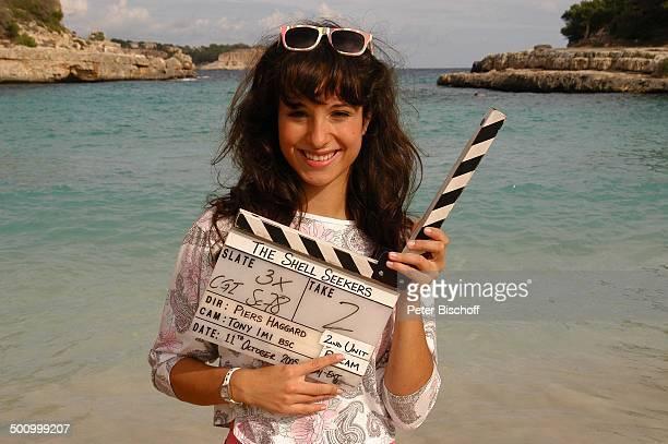 Stephanie Stumph Dreharbeiten zum 2teiligen ZDFFilm 'Die Muschelsucher' Cala dœOr Mallorca Spanien Europa PNr 1254/2005 Meer Wasser Strand Bucht...