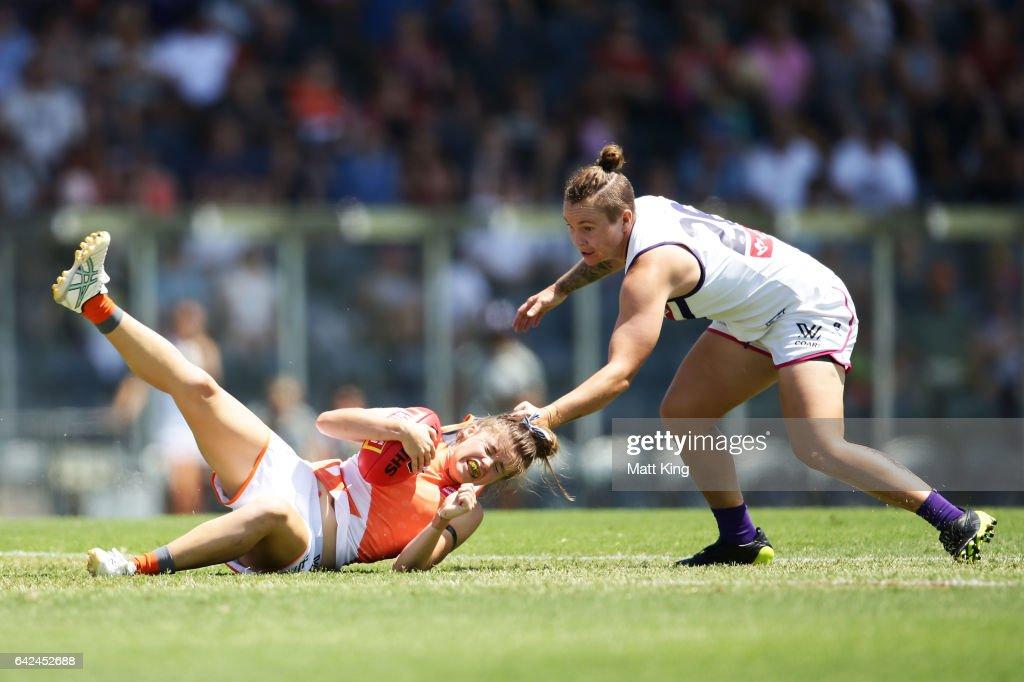 AFL Women's Rd 3 - GWS v Fremantle : Fotografía de noticias
