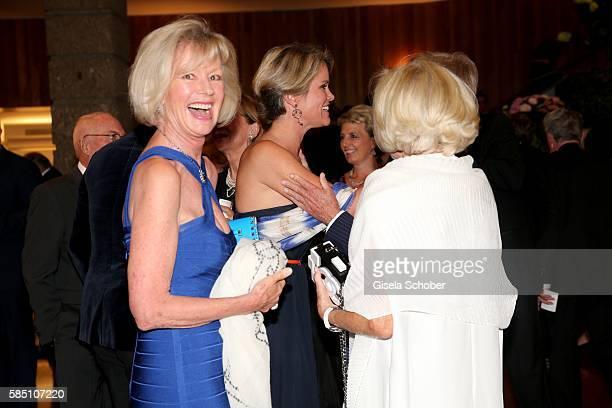 Stephanie zu Guttenberg greets Prince Leopold of Bavaria and her mother Charlotte von Bismarck) Schoenhausen during the premiere of the opera 'Manon...