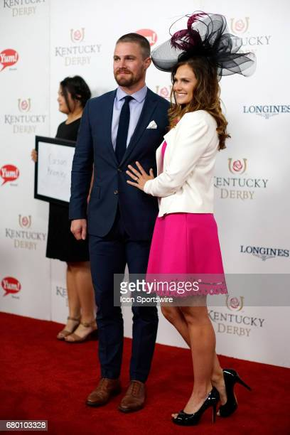 Stephen Amell and Cassandra Jean attend the 143rd Kentucky Derby at Churchill Downs on May 6, 2017 in Louisville, Kentucky.