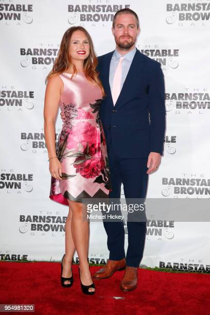Stephen Amell and Cassandra Jean Whitehead appear at the Barnstable Brown Gala on May 4, 2018 in Louisville, Kentucky.