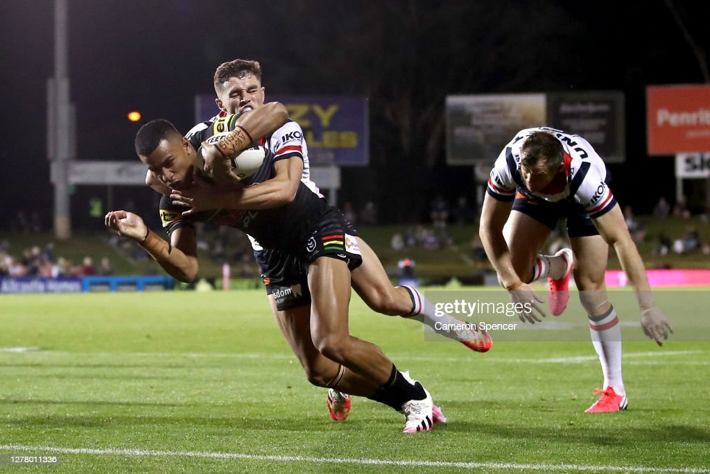 NRL Qualifying Final - Panthers v Roosters : News Photo