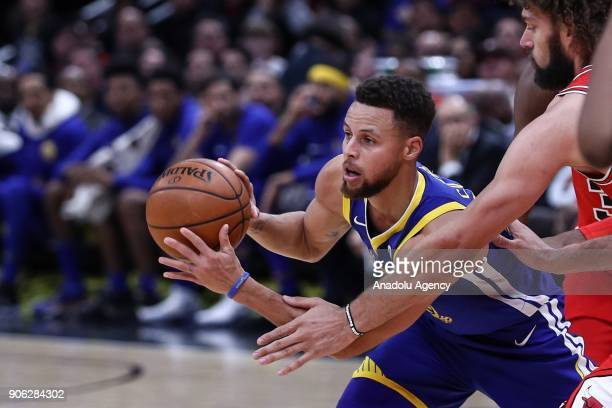 Stephen Curry of Golden State Warriors in action during the NBA basketball match between Chicago Bulls and Golden State Warriors at the United Center...