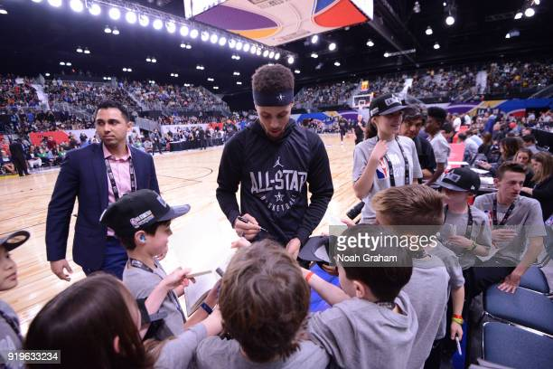 Stephen Curry of team Stephen signs autographs during the 2018 NBA All Star Practice as part of 2018 AllStar Weekend at Verizon Up Arena at LACC on...