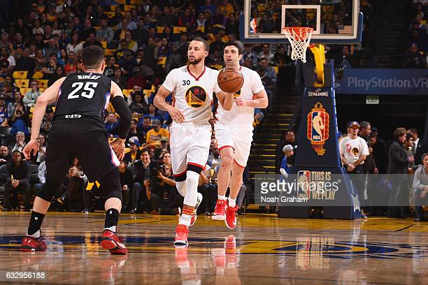 Stephen Curry of the Golden State Warriors brings the ball up court against the LA Clippers during the game on January 28 2017 at ORACLE Arena in...