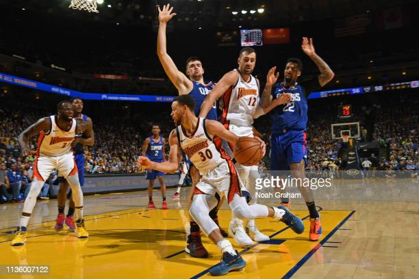 Stephen Curry of the Golden State Warriors drives to the basket against the LA Clippers on April 7 2019 at ORACLE Arena in Oakland California NOTE TO...
