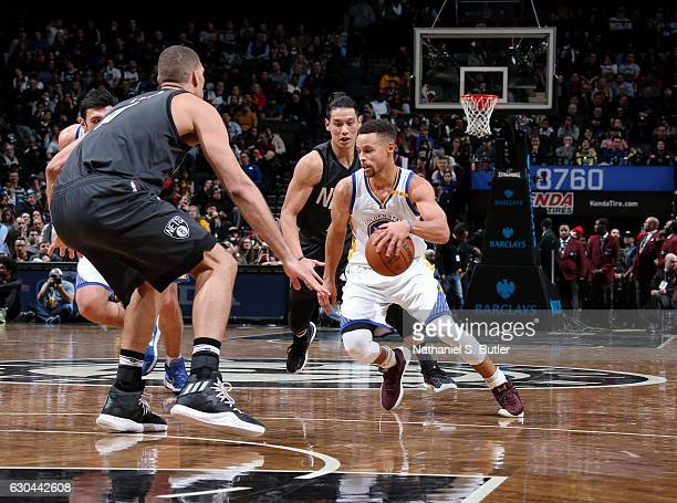 Stephen Curry of the Golden State Warriors drives to the basket against the Brooklyn Nets on December 22 2016 at Barclays Center in Brooklyn NY NOTE...