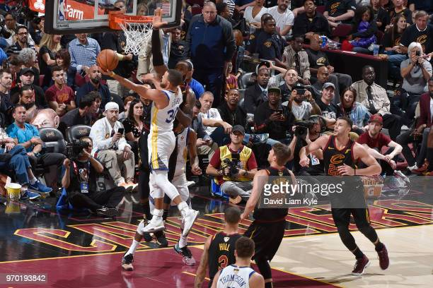 OH Stephen Curry of the Golden State Warriors drives to the basket during the game against the Cleveland Cavaliers in Game Four of the 2018 NBA...