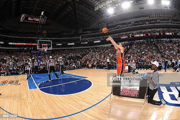 Stephen Curry of the Golden State Warriors participates during the Foot Locker Three Point Shootout on AllStar Saturday Night part of 2010 NBA...