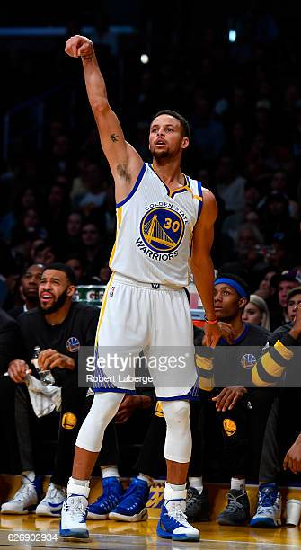 Stephen Curry of the Golden State Warriors reacts to a 3 point shot during the game against the Los Angeles Lakers on November 25 2016 at STAPLES...