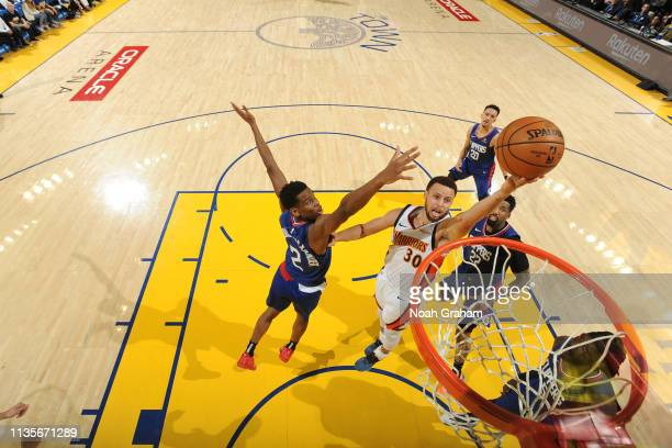 Stephen Curry of the Golden State Warriors shoots layup against the LA Clippers on April 7 2019 at ORACLE Arena in Oakland California NOTE TO USER...