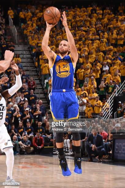 Stephen Curry of the Golden State Warriors shoots the ball against the Utah Jazz during Game Three of the Western Conference Semifinals of the 2017...