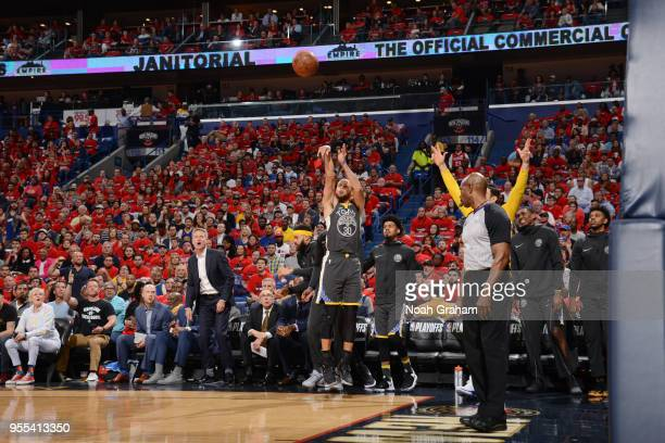 Stephen Curry of the Golden State Warriors shoots the ball against the New Orleans Pelicans during Game Four of the Western Conference Semifinals of...