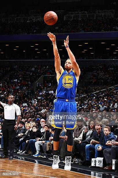 Stephen Curry of the Golden State Warriors shoots the ball during the game against the Brooklyn Nets on December 6 2015 at Barclays Center in...