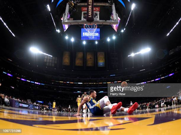 Stephen Curry of the Golden State Warriors slips and falls on a breakaway during a 130111 win over the Los Angeles Lakers at Staples Center on...
