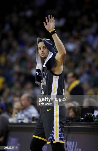 Stephen Curry of the Golden State Warriors walks to the scorers table during their game against the New Orleans Pelicans at ORACLE Arena on January...