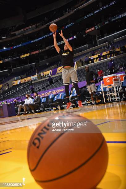 Stephen Curry of the Golden State Warriors warms up before the game against the Los Angeles Lakers during the 2021 NBA Play-In Tournament on May 19,...