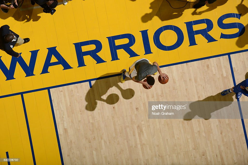 Stephen Curry #30 of the Golden State Warriors warms up before the game against the Oklahoma City Thunder for Game Two of the Western Conference Finals during the 2016 NBA Playoffs on May 18, 2016 at ORACLE Arena in Oakland, California.