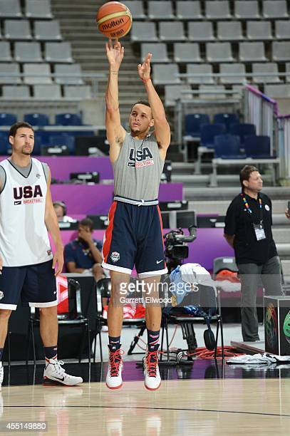 Stephen Curry of the USA Basketball Men's National Team shoots during practice at Palau Sant Jordi on September 10 2014 in Barcelona Spain NOTE TO...