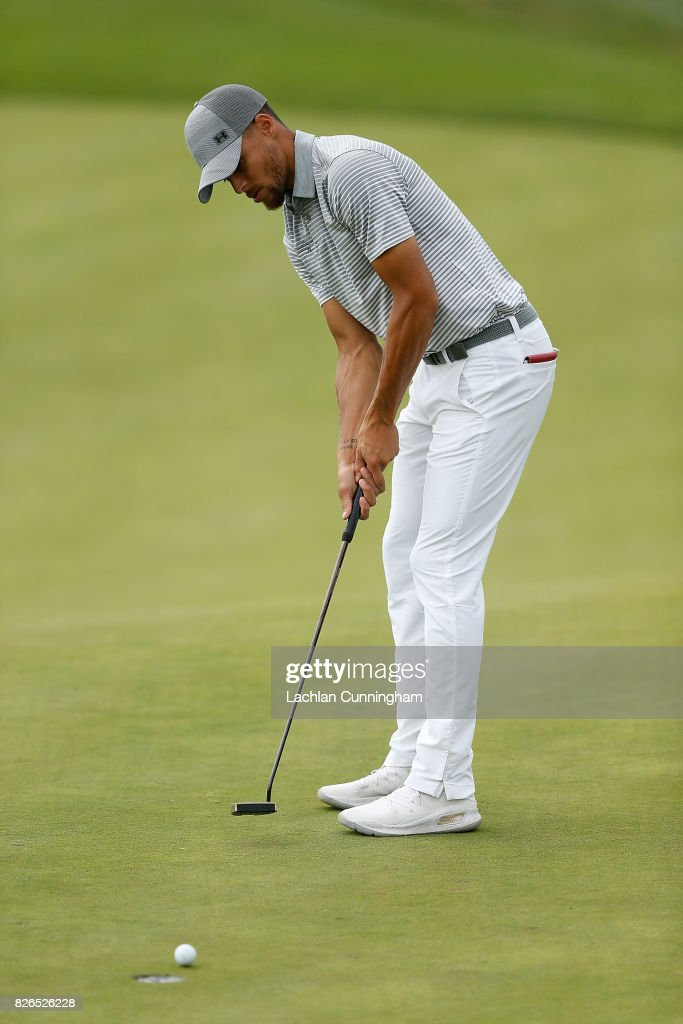 Stephen Curry putts on the sixth green during round two of the Ellie Mae Classic at TCP Stonebrae on August 4, 2017 in Hayward, California.