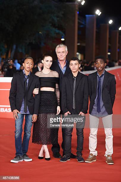 Stephen Daldry Eduardo Luis Rooney Mara Gabriel Weinstein attend the 'Trash' Red Carpet during The 9th Rome Film Festival at Auditorium Parco Della...