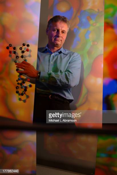 Stephen Fesik PhD of Abbott Laboratories October 2005 Fesik is internationally known for structural biology research and cancer drug discovery