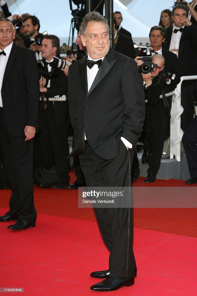 Stephen Frears during 2007 Cannes Film Festival - 'Les Chansons d'Amour' Premiere at Palais des Festivals in Cannes, France.