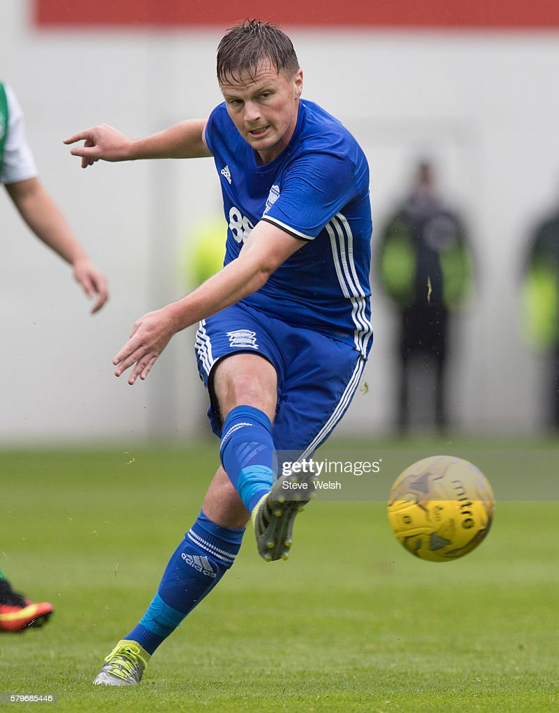 Stephen Gleeson in action for Birmingham City during the Pre-Season Friendly between Hibernian and Birmingham City at Easter Road on July 24, 2016 in Edinburgh, Scotland.