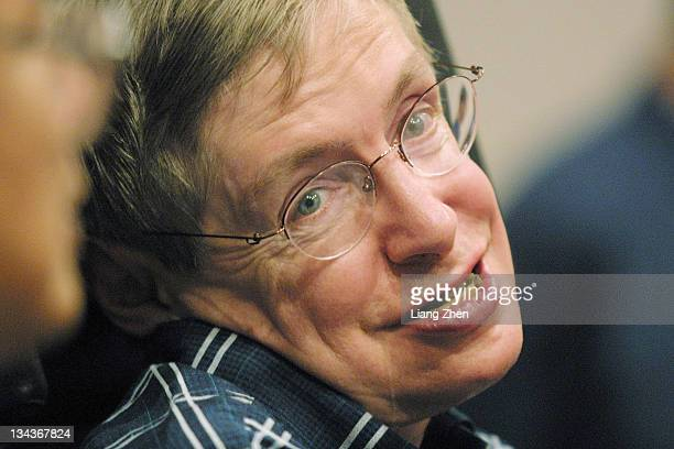 Stephen Hawking during Stephen Hawking Press Conference in Hangzhou - August 11, 2002 at Shangri-La hotel in Hangzhou, Zhejiang, China.