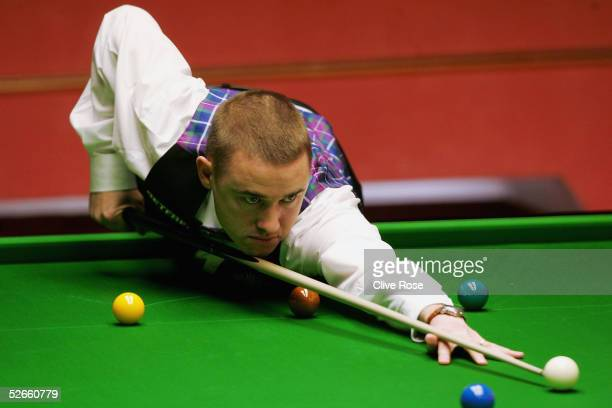 Stephen Hendry in action during his first round match against Neil Robertson at the Embassy World Snooker Finals at the Crucible Theatre on April 20,...