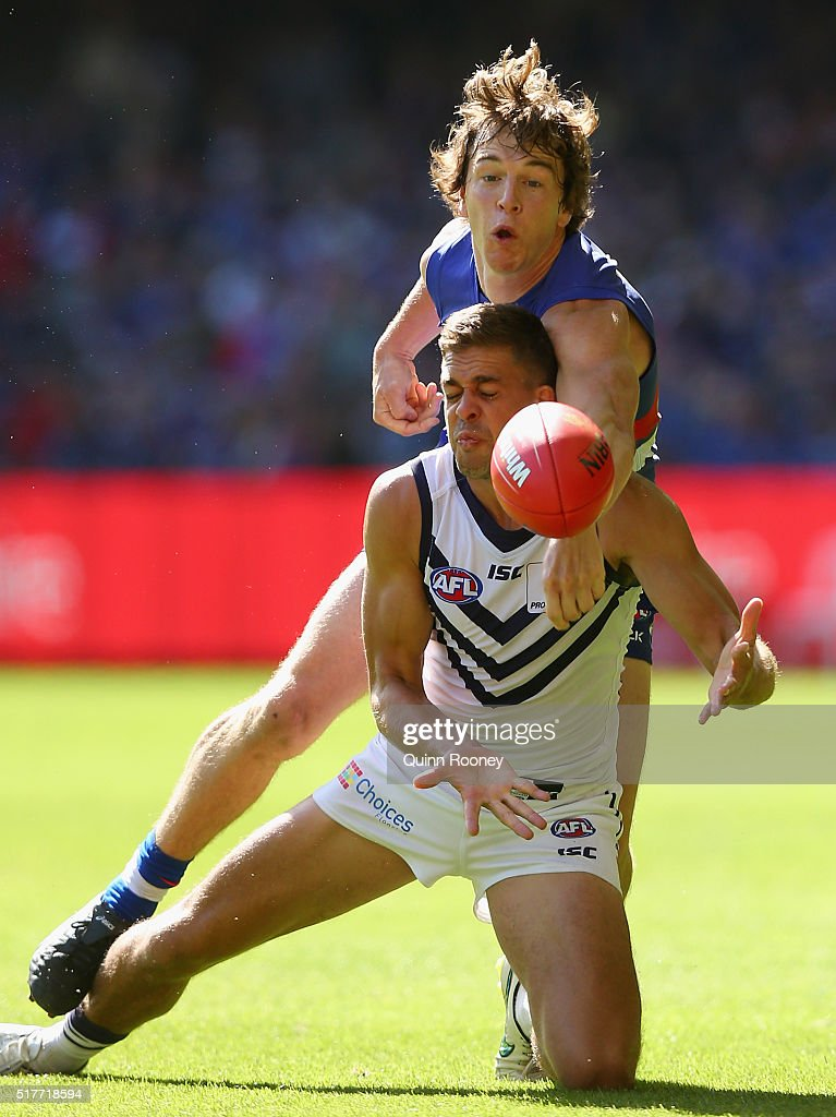 AFL Rd 1 - Western Bulldogs v Fremantle