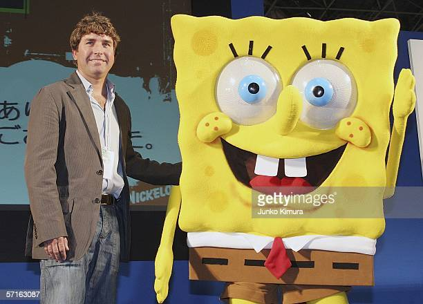 Stephen Hillenburg the writer of a US cartoon The SpongeBob SquarePants poses with its charactor SpongeBob SquarePants at an event held at Tokyo...
