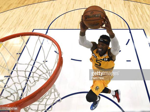 Stephen Jackson of the Killer 3s scores on a dunk in the game against the Triplets during the BIG3 Championship at Staples Center on September 01,...