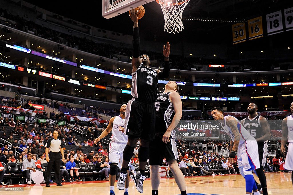 Stephen Jackson #3 of the San Antonio Spurs shoots a layup against the Los Angeles Clippers at Staples Center on February 21, 2013 in Los Angeles, California.