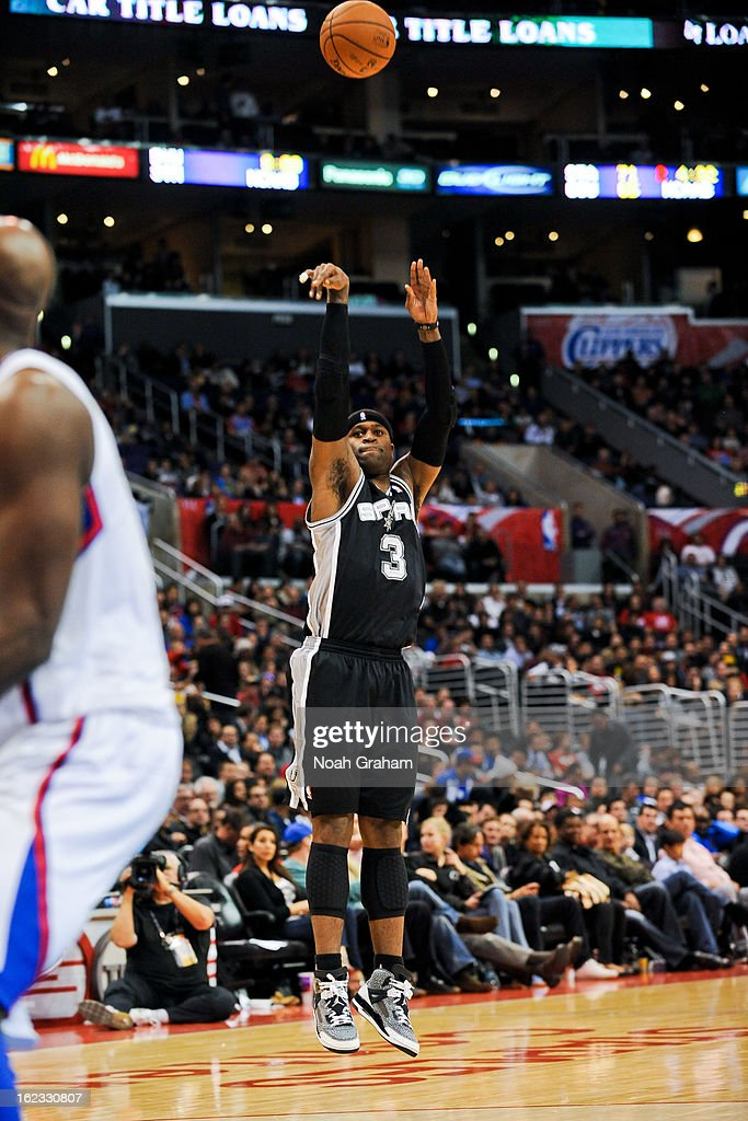Stephen Jackson #3 of the San Antonio Spurs shoots a three-pointer against the Los Angeles Clippers at Staples Center on February 21, 2013 in Los Angeles, California.