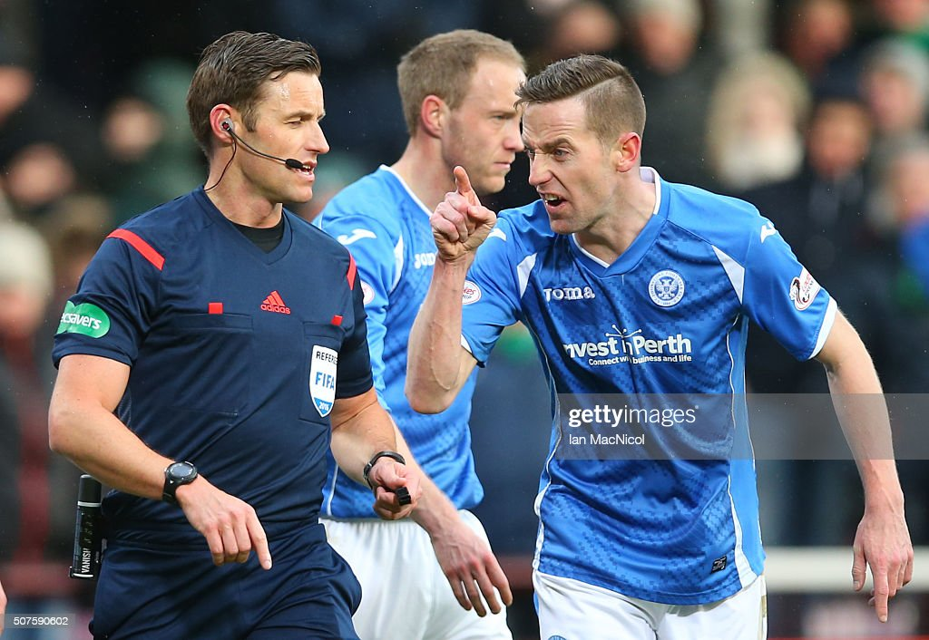 Stephen MacLean of St Johnstone remonstrates with referee Steven McLean during the Scottish League Cup Semi final match between Hibernian and St Johnstone at Tynecastle Stadium on January 30, 2016 in Edinburgh, Scotland.