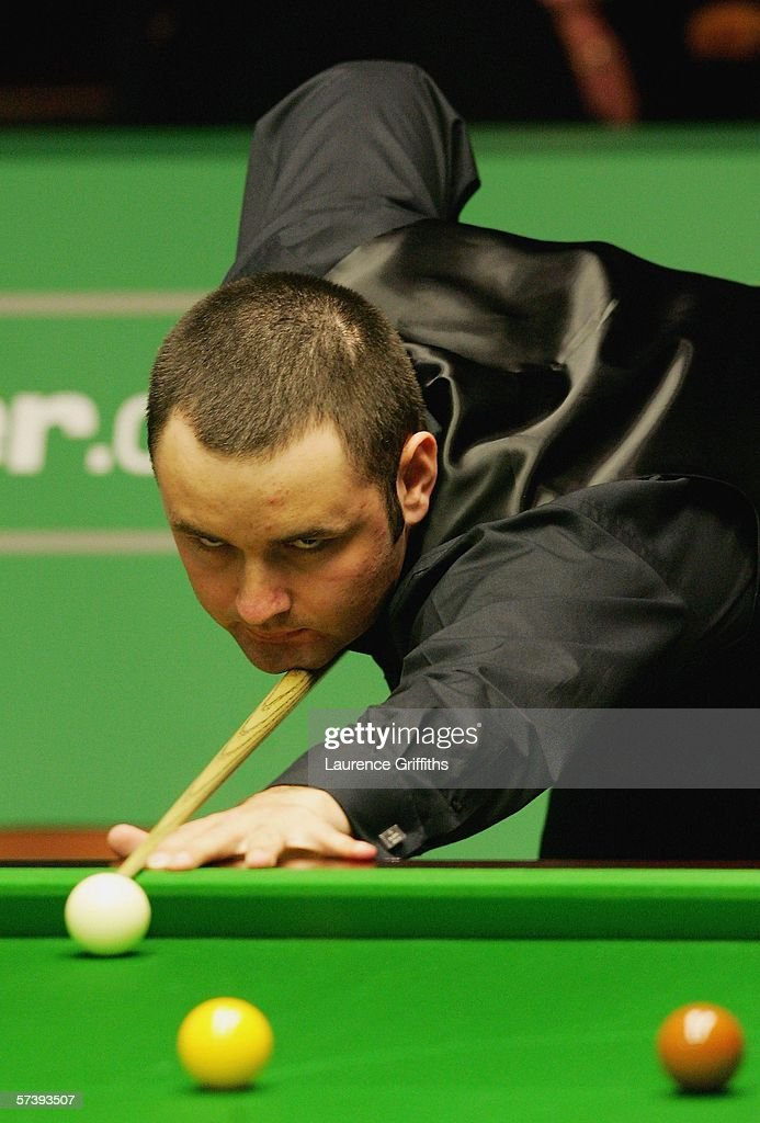 Stephen Maguire In Action During His Match Against Marco Fu The 888Com World