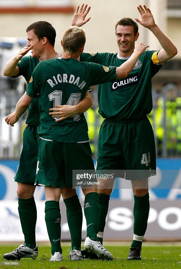 Stephen McManus (R) of Celtic celebrates with Derek Riordan and Gary Caldwell after scoring during the Scottish Premier League match between Celtic and St Mirren at Love Street on September 2, 2007 in Paisley, Scotland.