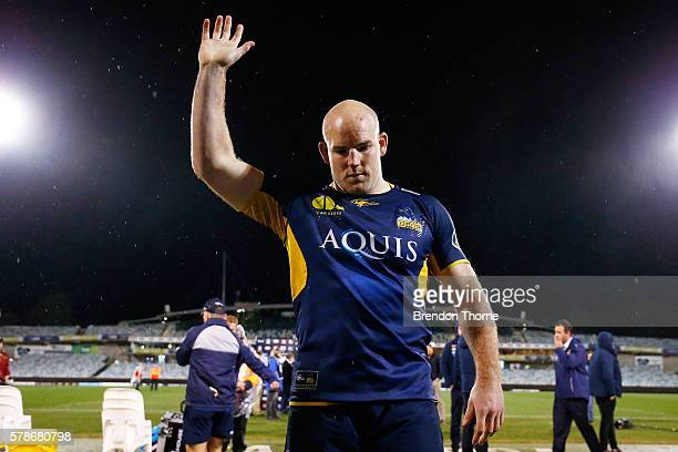 Stephen Moore of the Brumbies waves to fans as he leaves the field for the last time as a Brumbies player following the Super Rugby Quarterfinal...
