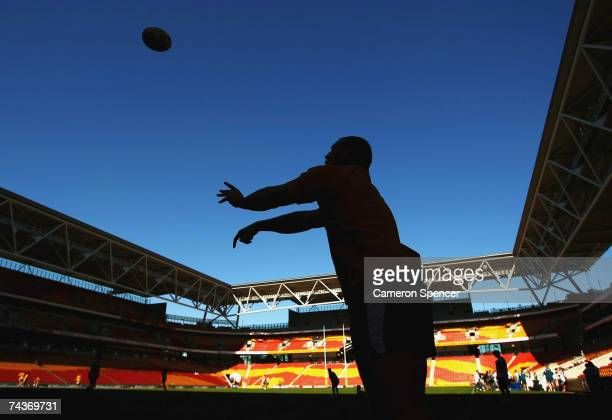 Stephen Moore of the Wallabies practices his lineout throws during the Australian Wallabies Captains Run at Suncorp Stadium June 1 2007 in Brisbane...