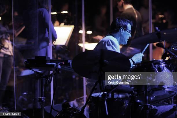 60点のミュージシャン スティーヴンモリスの画像写真