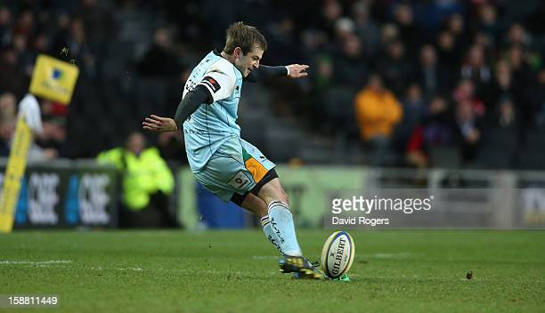 Stephen Myler of Northampton attempts to win the match with a last kick of the match penalty but his effort was unsuccessful during the Aviva...
