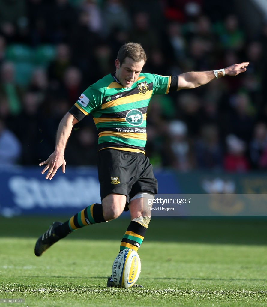 Stephen Myler of Northampton kicks a penalty during the Aviva Premiership match between Northampton Saints and Leicester Tigers at Franklin's Gardens on April 16, 2016 in Northampton, England.